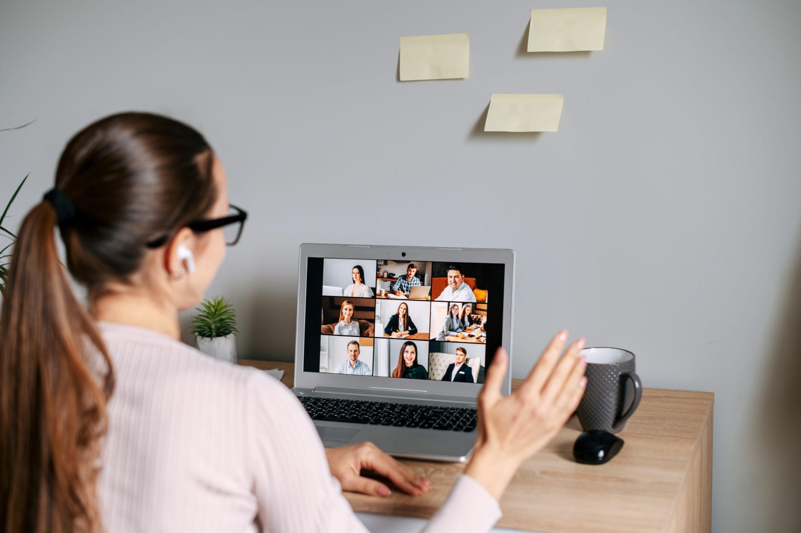 Como fazer um webinar: passo a passo para captação de leads